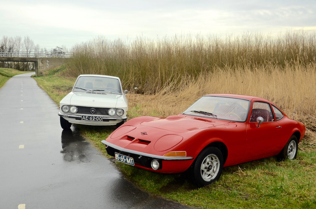 Chapeau; Lancia Fulvia 1.3 Rally S (1971) vs. Opel GT 1900 (1969)
