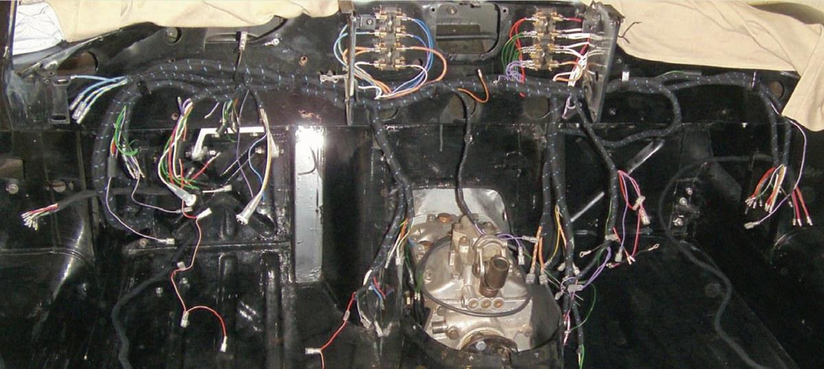RESTAURATIE JAGUAR E-TYPE S1 3.8 1961 deel 14 elektra